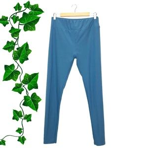 {LuLaRoe} Steel Blue Grey Tall & Curvy Leggings